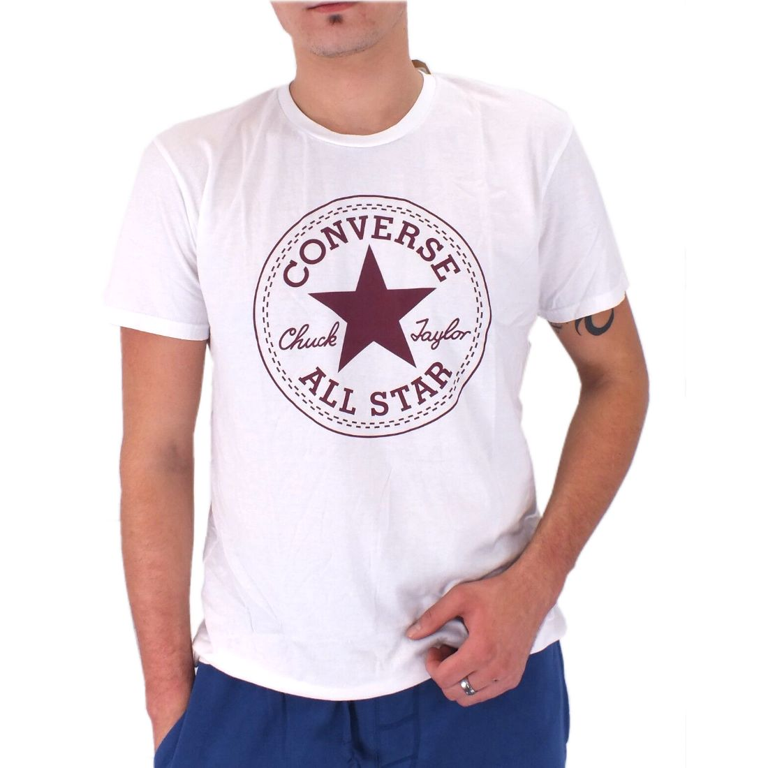 converse chucks patch shirt crew t shirt herren blau wei. Black Bedroom Furniture Sets. Home Design Ideas